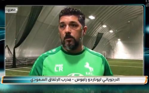 زيارة مدرب نادي الاتفاق السعودي للقبة الهوائية